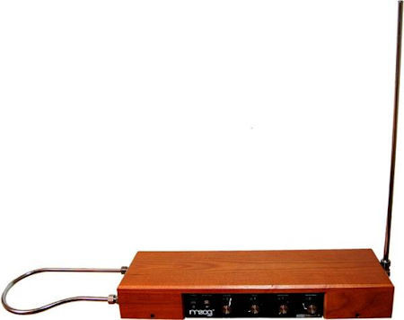 MOOG MUSIC THEREMIN ASH